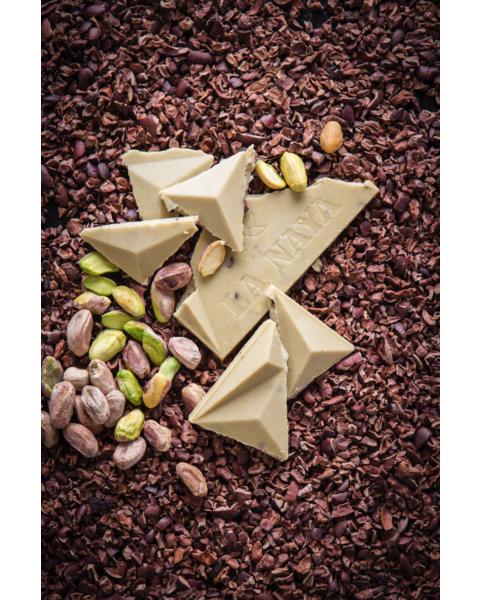 Baltasis šokoladas su pistacijomis ir skaldyta kakava LA NAYA, 35%, 80g 3