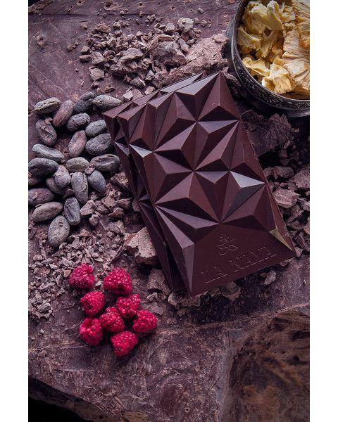 Juodasis šokoladas su avietėmis ir ananasais LA NAYA, 65%, 80g 3
