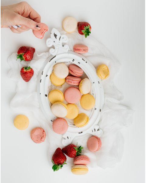 """Sausainiai """"Macarons"""", vaisiniai: braškių ir čiobrelių, citrinų, pasiflorų skonių, 1 kg 2"""