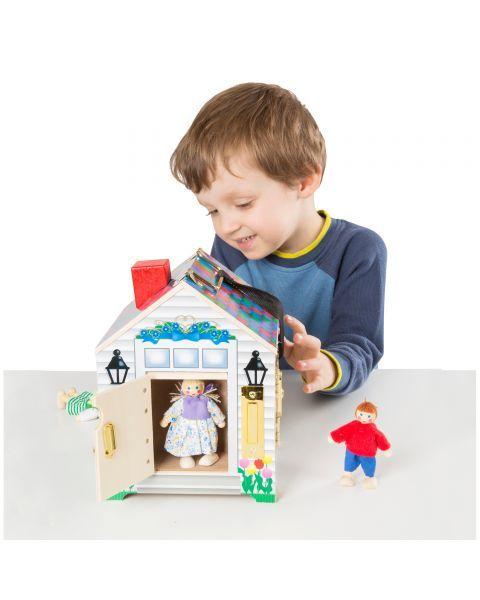 Lėlių namas su durų skambučiais ir spynelėmis MELISSA & DOUG, 1 vnt. 9