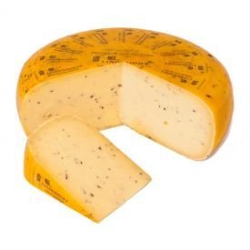 GOUDA sūris su trumais LINDENHOFF, 50% r.s.m., 1 kg