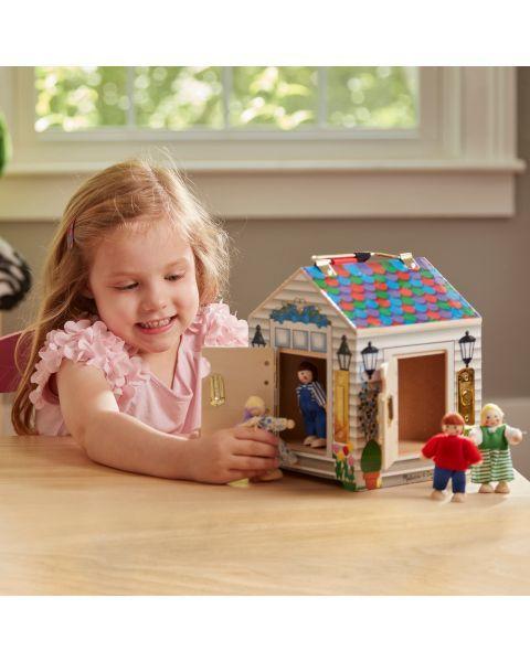 Lėlių namas su durų skambučiais ir spynelėmis MELISSA & DOUG, 1 vnt. 8