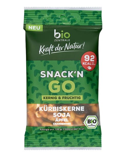 Ekologiškas skrudintų sojos pupelių, moliūgų sėklų ir vaisių užkandis Snack'n go BIOZENTRALE, 20g