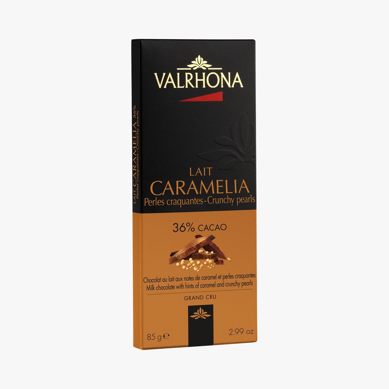 Pieninis šokoladas su karamelės traškučiais Valrhona Caramelia 36%, 85g